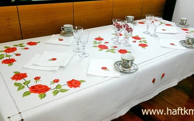 "Exclusive tablecloth ""Painted with a needle, bouquets of roses"""