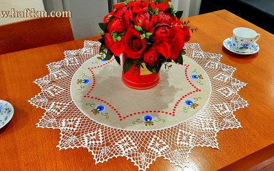 A beautiful tablecloth with a Kashubian motif.