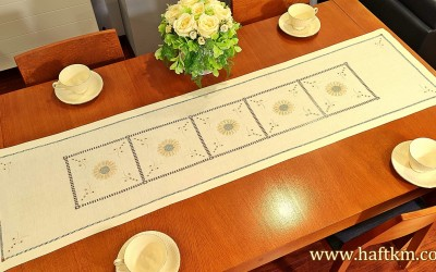 "Hand-embroidered table runner ""Buttercup Flower"""
