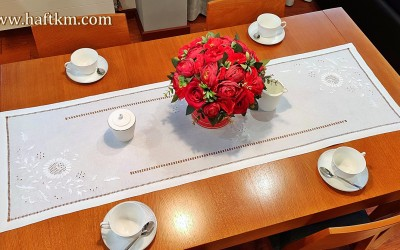 "Hand-embroidered table runner ""Makowska Glaucoma"""